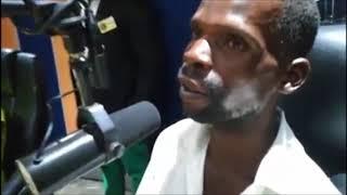 Ndokwirwa Nechikwambo Murume akatarisa