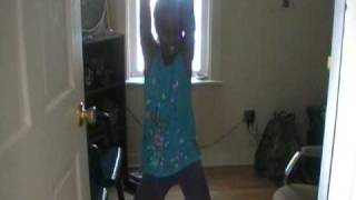 getlinkyoutube.com-Dancing to Ciara Ride by Lil Kay Kay