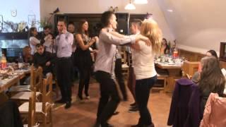 getlinkyoutube.com-Muzica si dans cu Cornel de la Chiscau