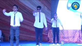 Best Funny - Chavat Boys Silent dance on annual function (Top Bollywood Songs)