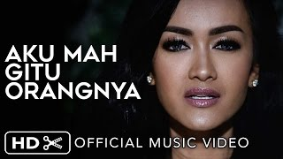 getlinkyoutube.com-Julia Perez - Aku Mah Gitu Orangnya (Official Music Video)