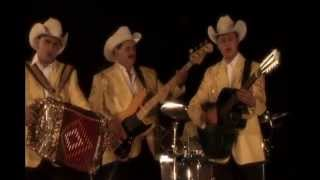 getlinkyoutube.com-Los Huracanes Del Norte - AY AMIGO (Video Oficial)