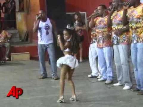 Video de preteen as sexy samba queen stirs controversy en youtube