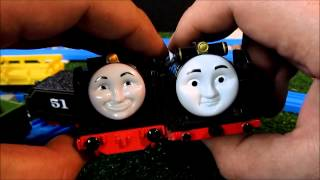 getlinkyoutube.com-Trackmaster Hiro Unboxing review and first run. TM vs TOMY race!!
