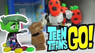 getlinkyoutube.com-TEEN TITANS GO! Toy Parody with PLAY-DOH and TEEN TITANS GO! Toys by EpicToyChannel