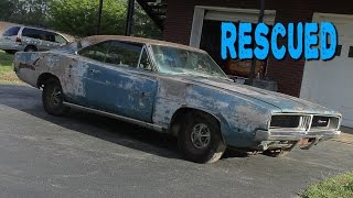 getlinkyoutube.com-ABANDONED 1969 Dodge Charger Sitting for 20 Years