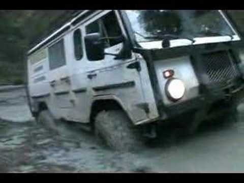 Volvo C303 offroad extreme truck in deep water 4x4 TGB11