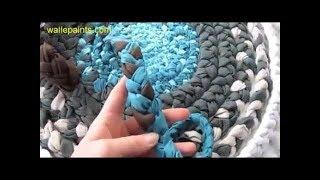 getlinkyoutube.com-ست الستات : فقرة تصنيع الأشياء القديمة ( طريقة عمل سجادة من الأقمشة القديمة )2-9-2014
