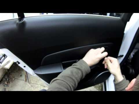 Chevrolet Cruze disassembly door Full HD (Chevrolet Cruze разборка дверей)