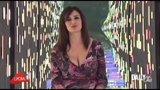 getlinkyoutube.com-La lingerie per Maria Grazia Cucinotta