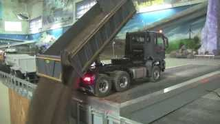 getlinkyoutube.com-RC TRUCK AND RC EXCAVATOR AT THE CONSTRUCTION SITE - SCALEART