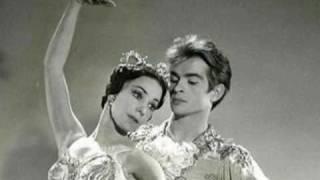 getlinkyoutube.com-Exercises in Free Love - (Freddie Mercury) Tribute to Rudolf Nureyev