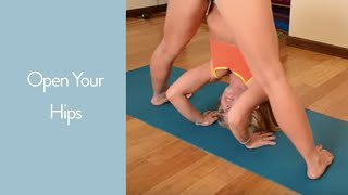 getlinkyoutube.com-Open your Hips in Yoga: Prasarita Padottanasana to Kurmasana with Kino