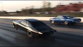 getlinkyoutube.com-MURDER NOVA (Street Outlaws) vs The Goat - INSANE Triple Wheelie!