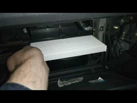 Hyundai Tucson JM, замена салонного фильтра