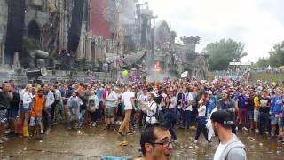Tomorrowland 2015 mud fight