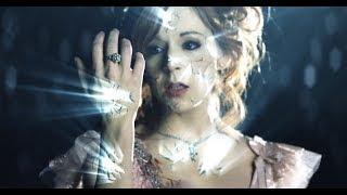 getlinkyoutube.com-Shatter Me Featuring Lzzy Hale - Lindsey Stirling