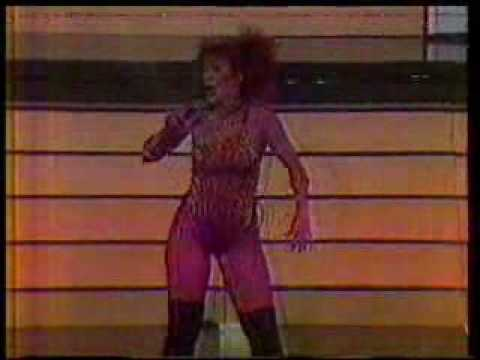 Videos Related To 'iris Chacon - Bailando- Venezuela.wmv'