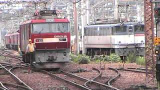 getlinkyoutube.com-機関車付け替え作業EF65→EH500@黒磯駅