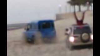 getlinkyoutube.com-سوزوكي و لاند روفر دفندر  my land rover VS suzuki ... CRAZY VIDEO