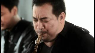 getlinkyoutube.com-Koh Mr.Saxman - My Sweet Home [The Visitor] (Live)