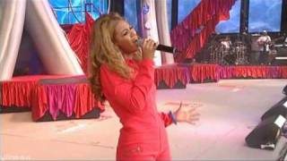 Beyonce - Dangerously In Love Live @ Party In The Park 2003