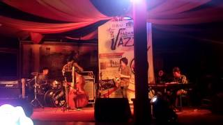 Padang internasional Jazz festival 2016 | My Romance | BANANA BAND