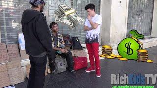 getlinkyoutube.com-Giving out $30,000 CASH to the Homeless!!