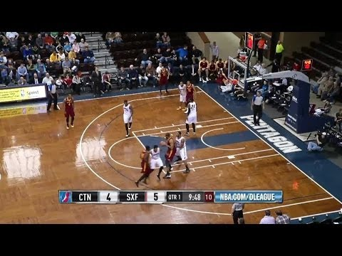Arinze Onuaku Highlights (12p/14r) in Game 3 vs. Skyforce