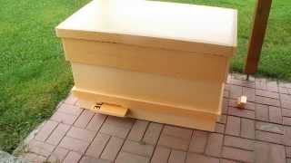 getlinkyoutube.com-Улей-лежак на 24 рамки из пеноплекса.