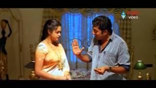 getlinkyoutube.com-Cheppalani Vundi Scene - Prakash Raj Misbehavior With Vani - Vadde Naveen, Raasi