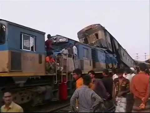 Sirajganj Train Accident  Spot Footage  13 04 2014