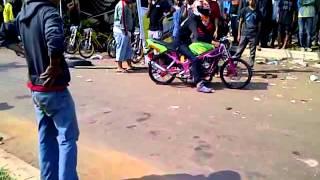 getlinkyoutube.com-Paddock Drag Bike BSD City 27 Mey 2012