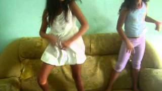 getlinkyoutube.com-dança kuduro-Emelayne debora