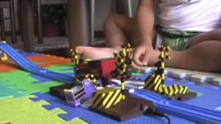 getlinkyoutube.com-プラレール自動踏切 Tomy plarail auto railroad crossing