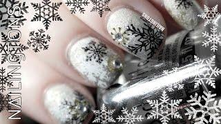 getlinkyoutube.com-Christmas Nail Art: Snowflake Gradient Nails