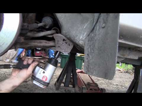 How to replace a K frame on a GM car.mp4