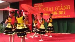 getlinkyoutube.com-Đi Học Xa - Mai Anh và tốp múa