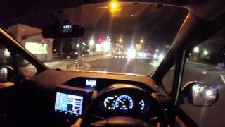 getlinkyoutube.com-新型VOXY HYBRIDの夜の運転