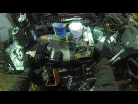 Расположение у Jeep Cherokee маслосъемных колпачков