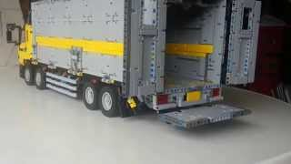 getlinkyoutube.com-Lego Technic Wing Body Truck by Madoca1977