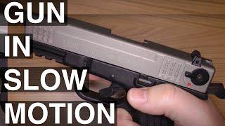 getlinkyoutube.com-ISSC M22 9mm P.A.K. in Zeitlupe Blank gun slowmotion