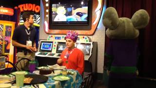 getlinkyoutube.com-Nico Birthday Chuck E Cheese