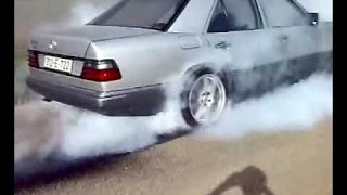 getlinkyoutube.com-Mercedes-Benz w124 Brutal Drift & Burnout Part 2 ✔