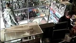 عملية سرقة هاتف محمول بمحل تجاري بالخميسات