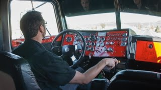 getlinkyoutube.com-Peterbilt 379 pure power when accelerating drive HD