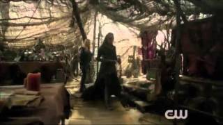 getlinkyoutube.com-Gravity- Clexa