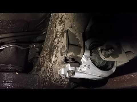 Возможная причина надрыва задней подушки ДВС Ssangyong New Actyon 2013г.в