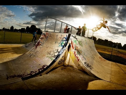 Ride Your Way - UK Trip MTB DIRT SKATEPARK