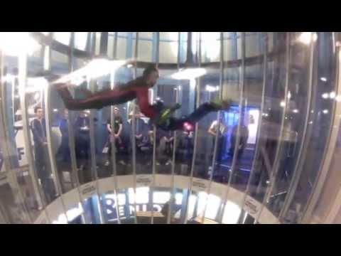 Indoor Skydive Roosendaal beginner and sick tricks!